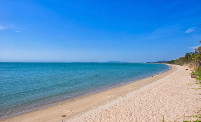 join the guided trip to hainan